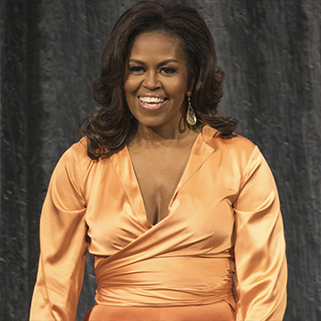 Michelle Obama cambia de look y se apunta a las mechas californianas